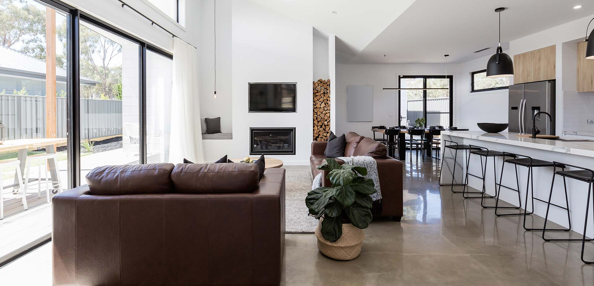 home-with-polished-concrete-floor